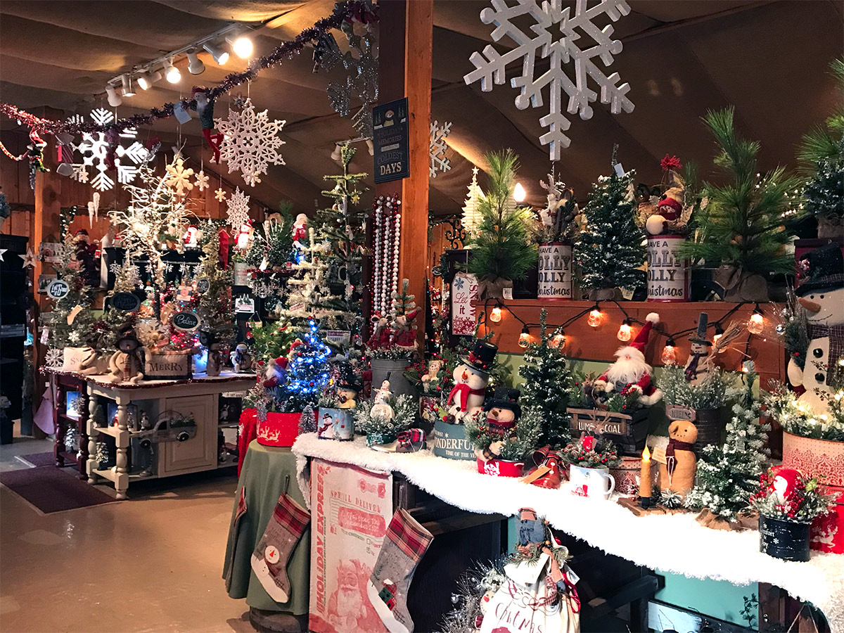 Hill Farms The Primitive Pinecone Gift Shop In Lehighton Pa